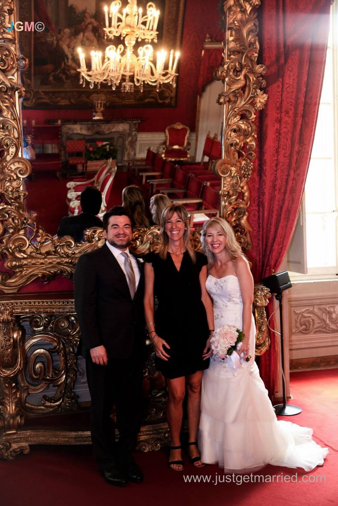 wedding planner and officiant in florence, italy