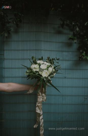 bride bouquet rome wedding italy