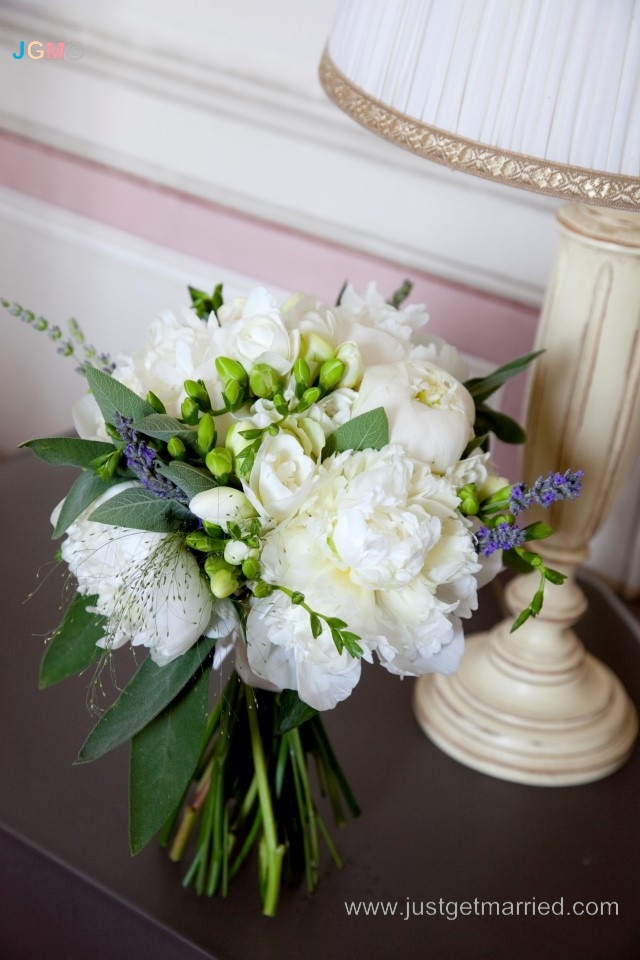 flowers wedding tuscany bouquet peonies and blue siena weddings
