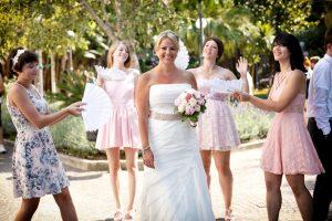 sorrento wedding photo bride with bridesmaids
