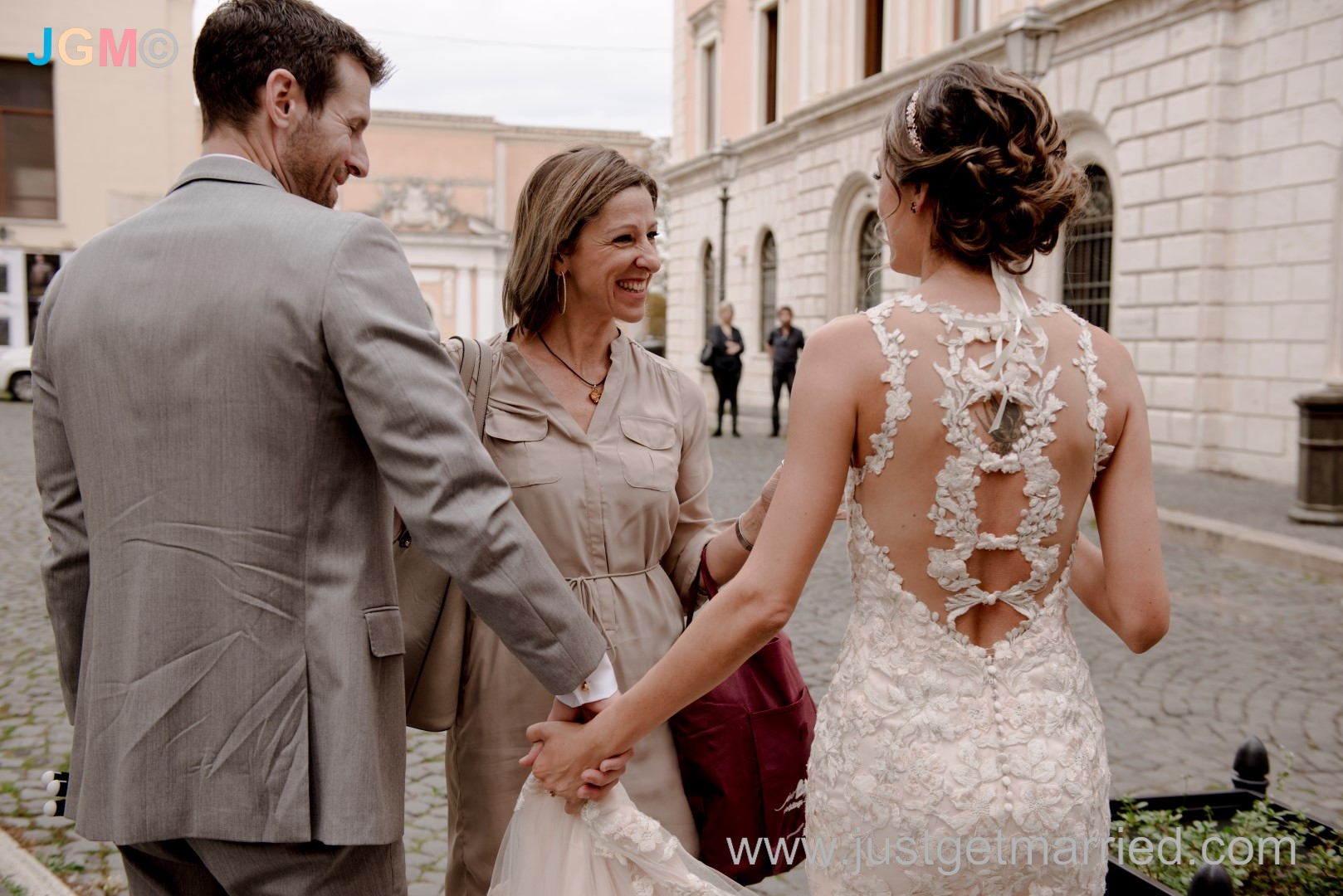 officiant italy tivoli wedding