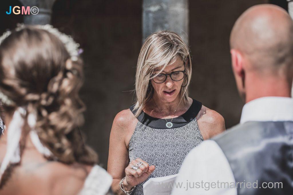 wedding celebrant sorrento