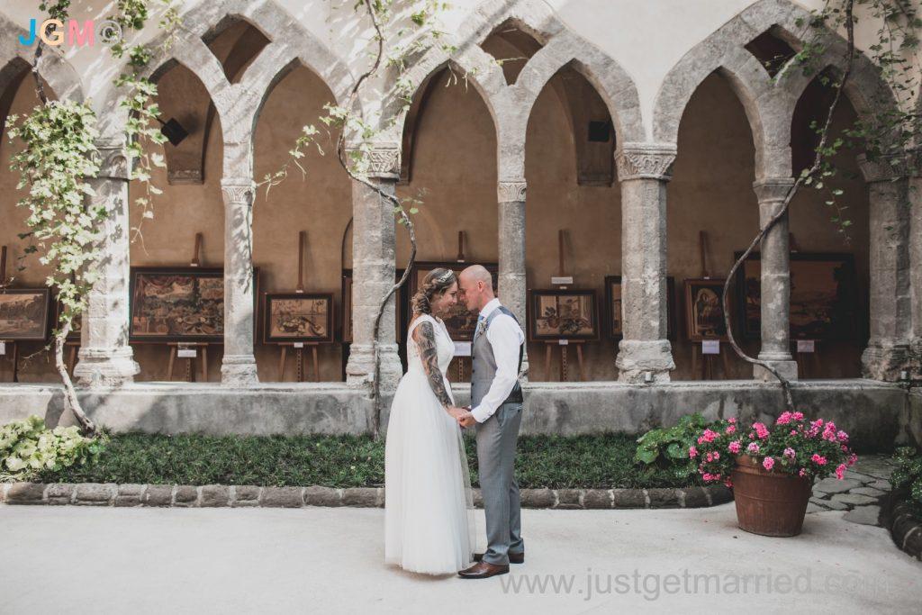 bride and groom sorrento cloister