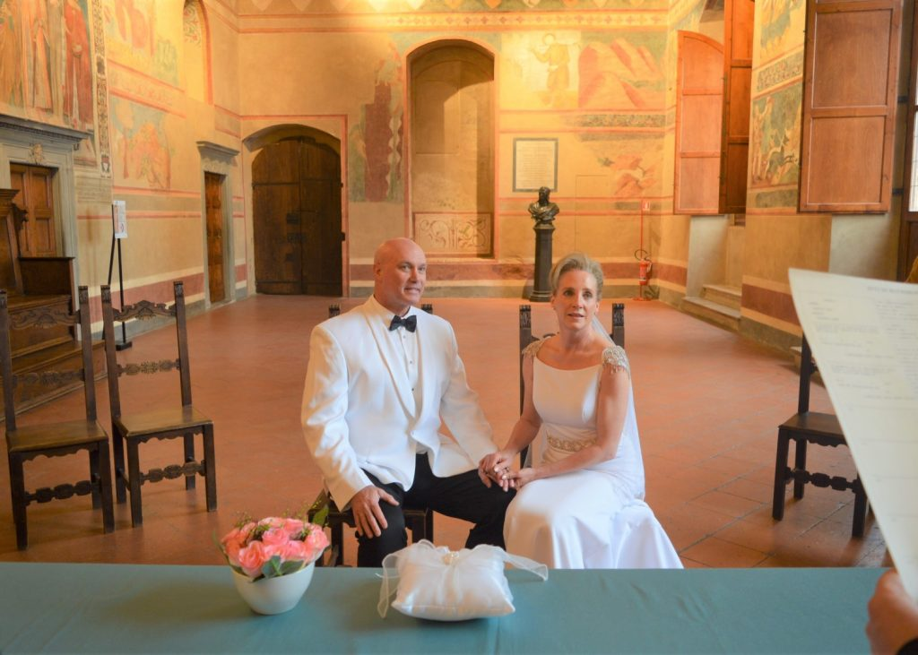 wedding sangimignano tuscany sala dante marriage